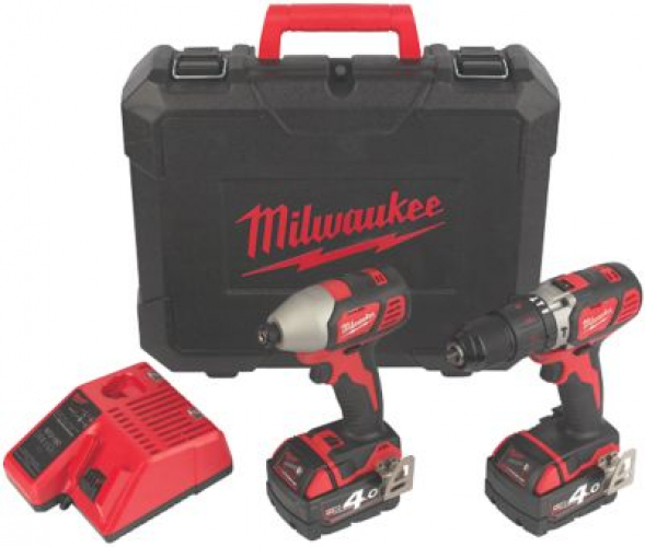 Milwaukee M18BPP2Q-402C 18V Li-Ion RedLithium Cordless Twin Pack